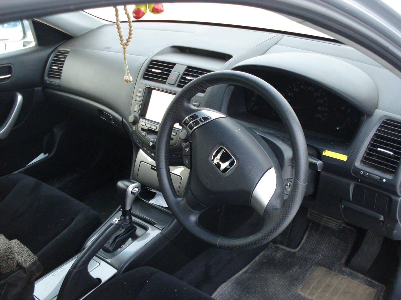 Хонда аккорд 2004 фото