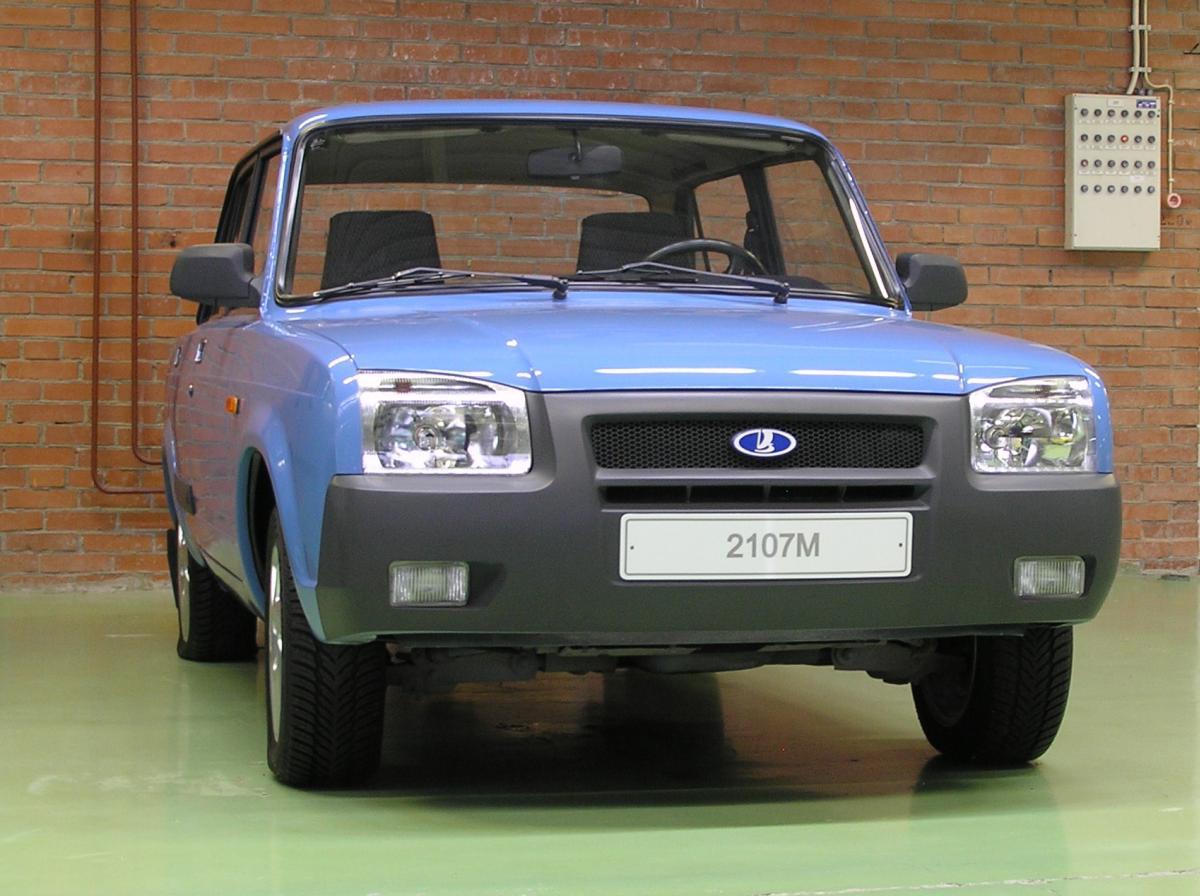 Эта модель была представлена в 1986г. как рестайлинг ВАЗ2107.
