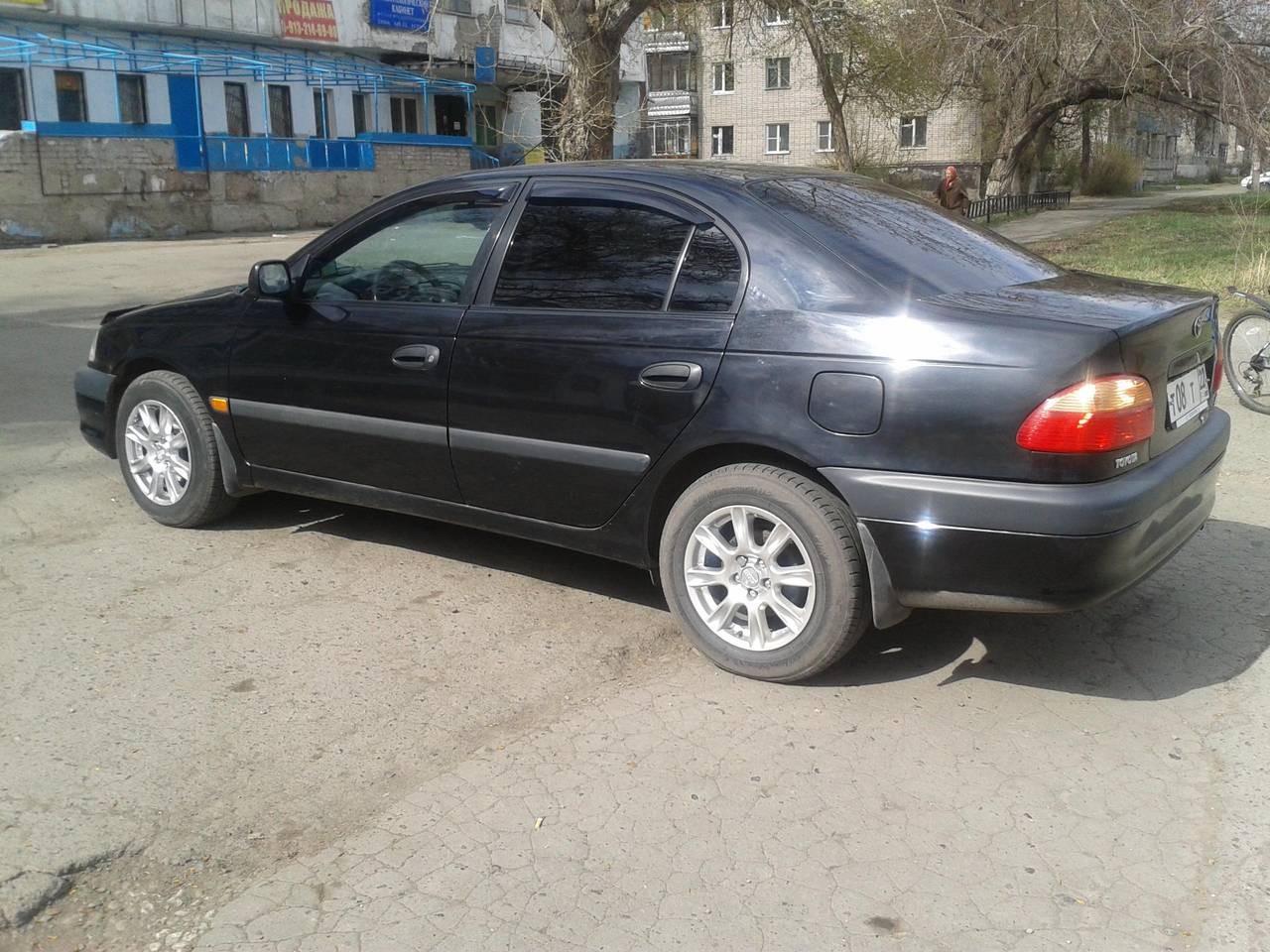 Toyota Авенсис 2002