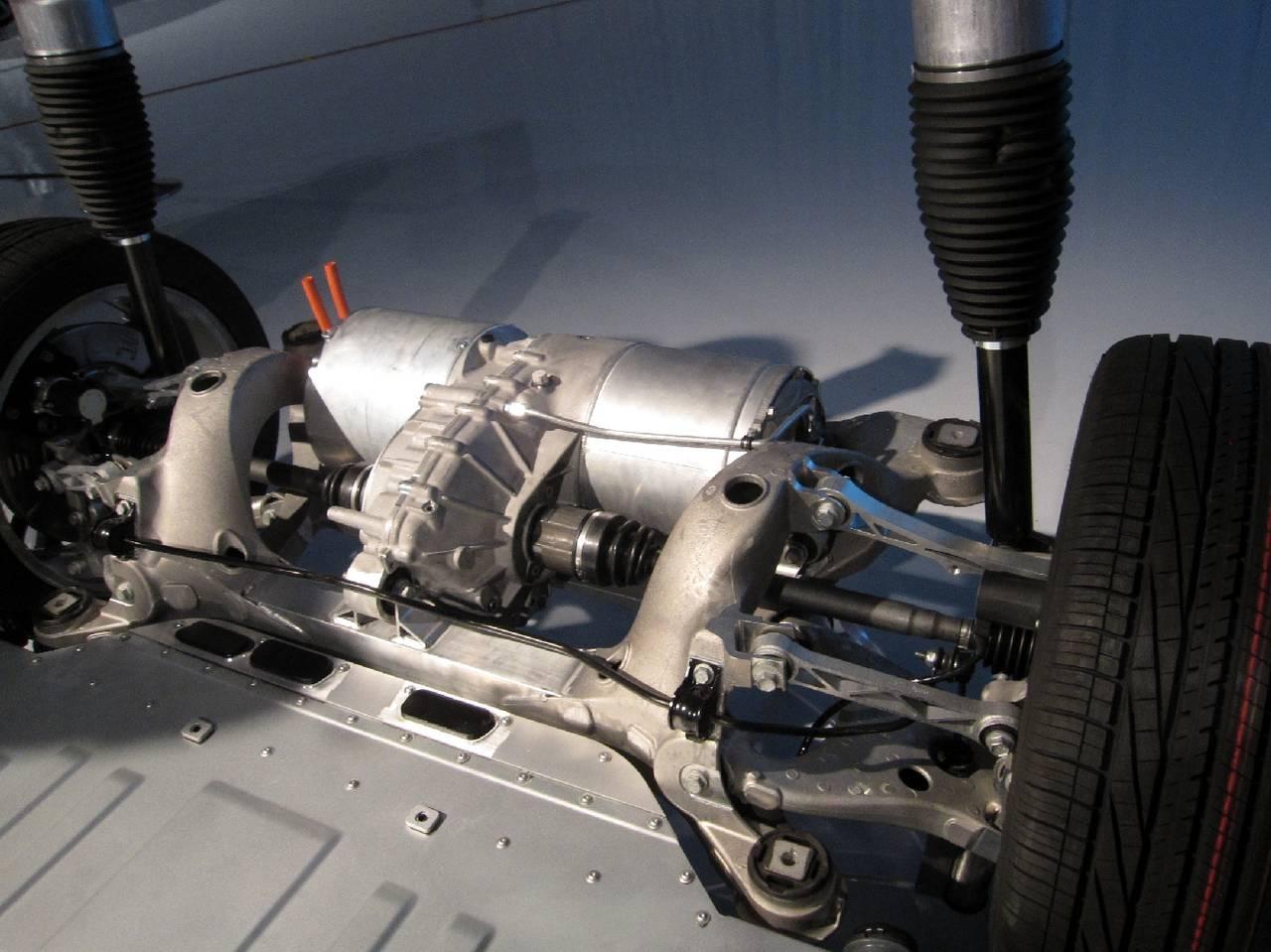 устройство автомобиля тесла модель с
