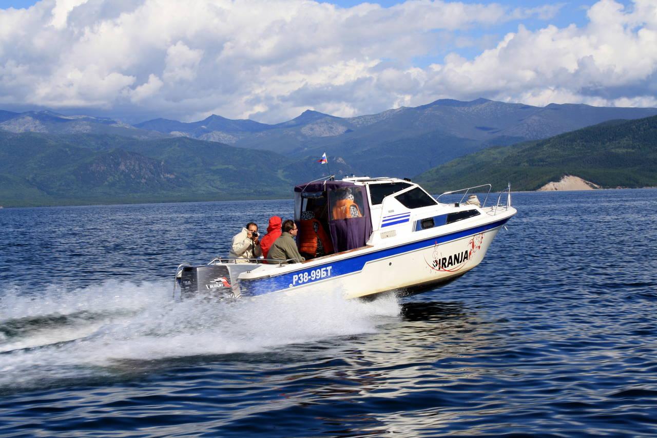 на лодке до ольхона