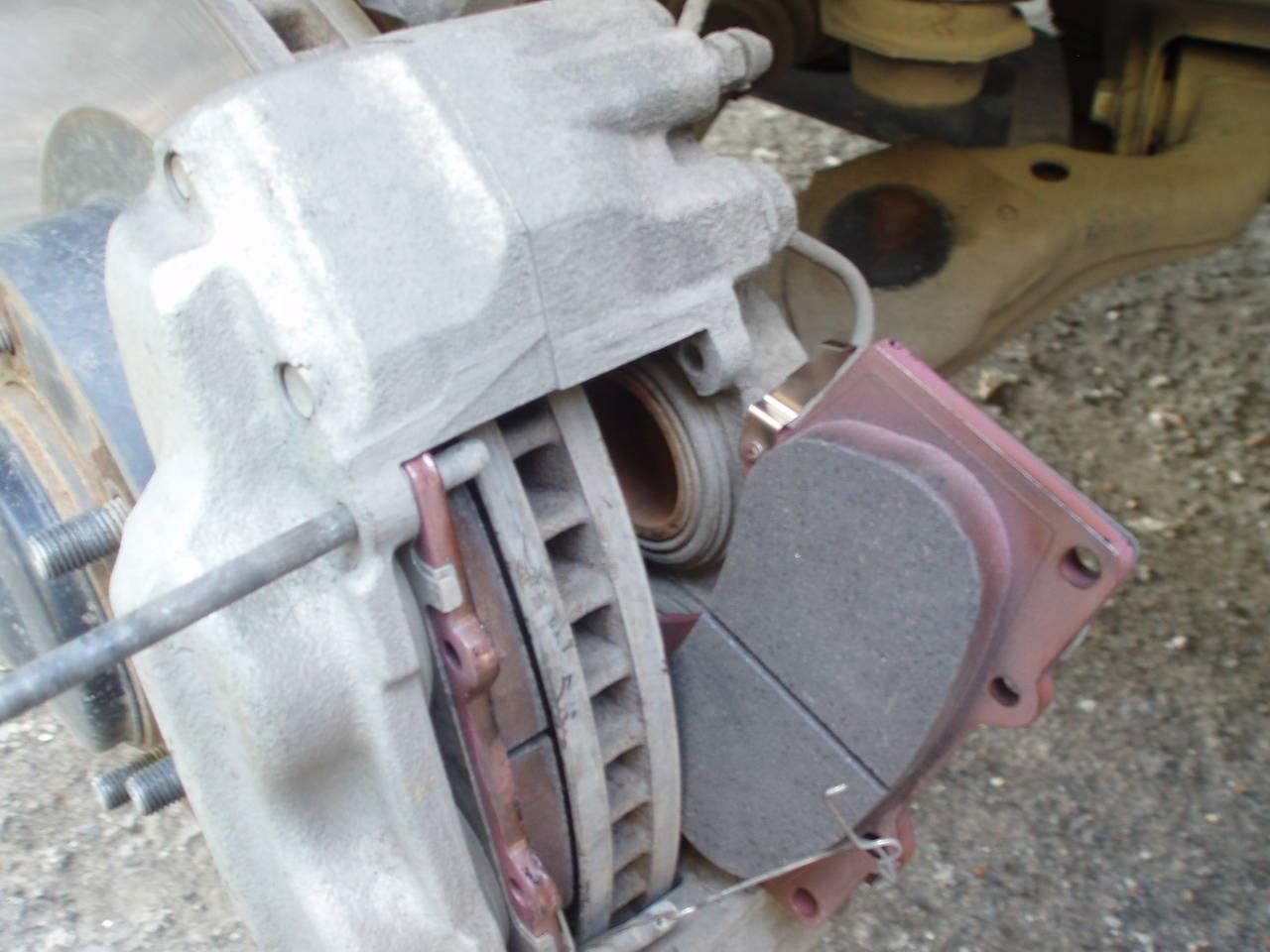 Замена передних колодок на прадо 150
