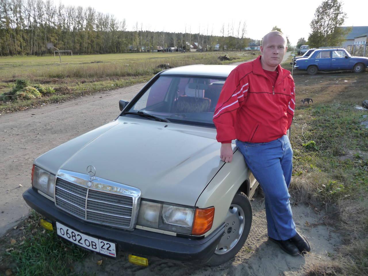 схема зарядка автомобиль мерседес 190