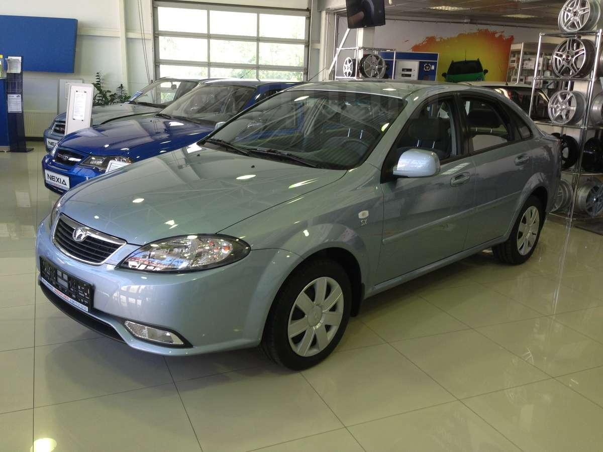 http://s.auto.drom.ru/1/sales/photos/12011/12010410/89274647.jpg