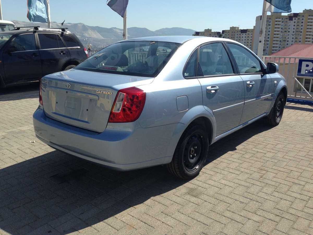 http://s.auto.drom.ru/1/sales/photos/12011/12010410/89274755.jpg