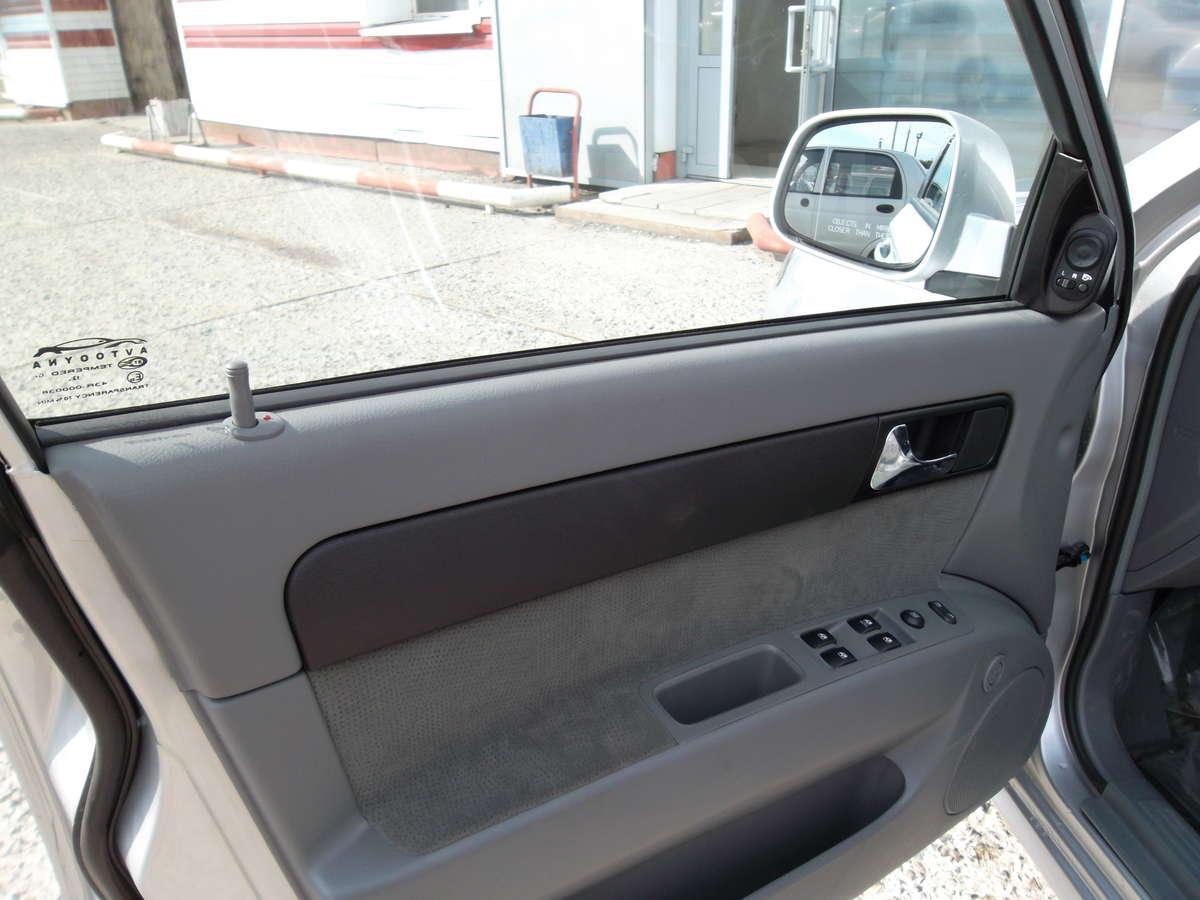 http://s.auto.drom.ru/1/sales/photos/12030/12029943/89507329.jpg