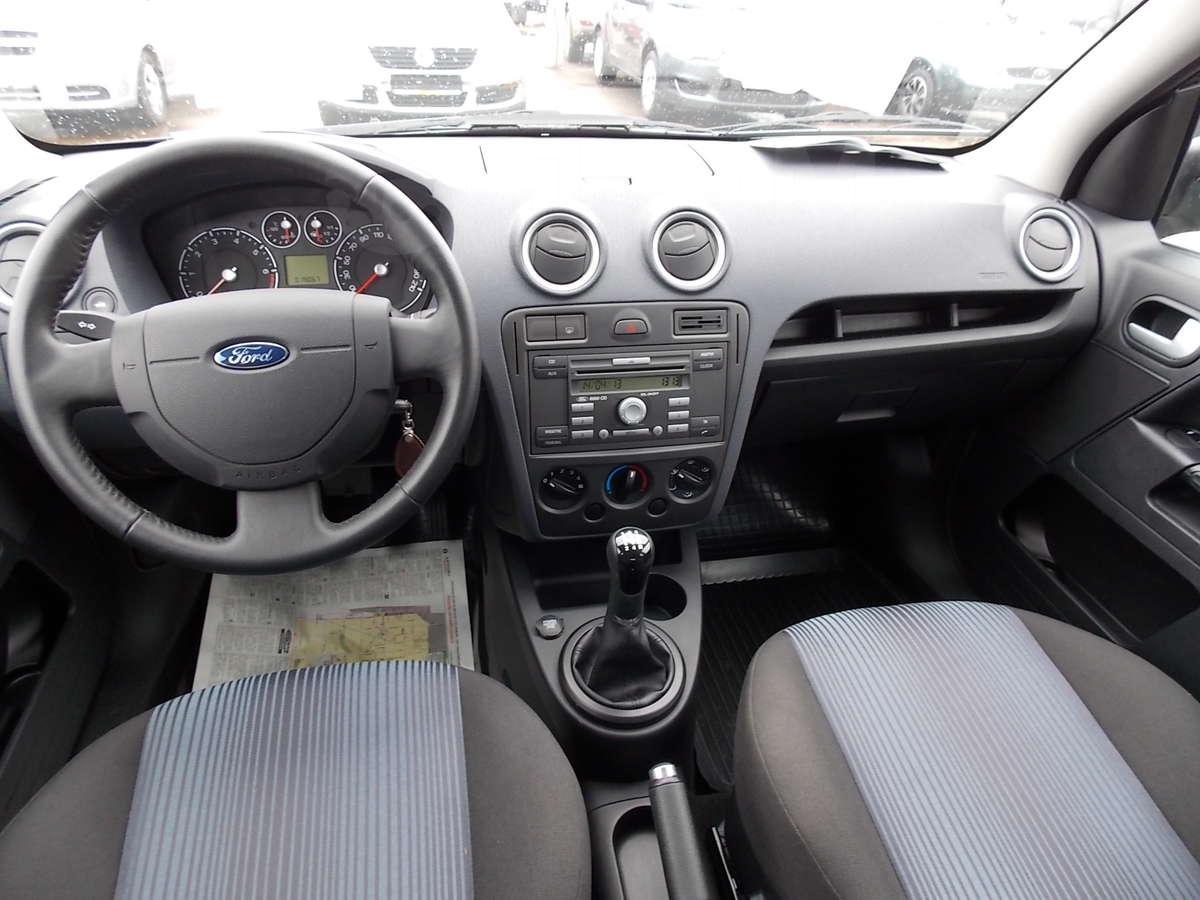 Ford Fusion (Форд Фьюжн) - обзор, цены, фото...