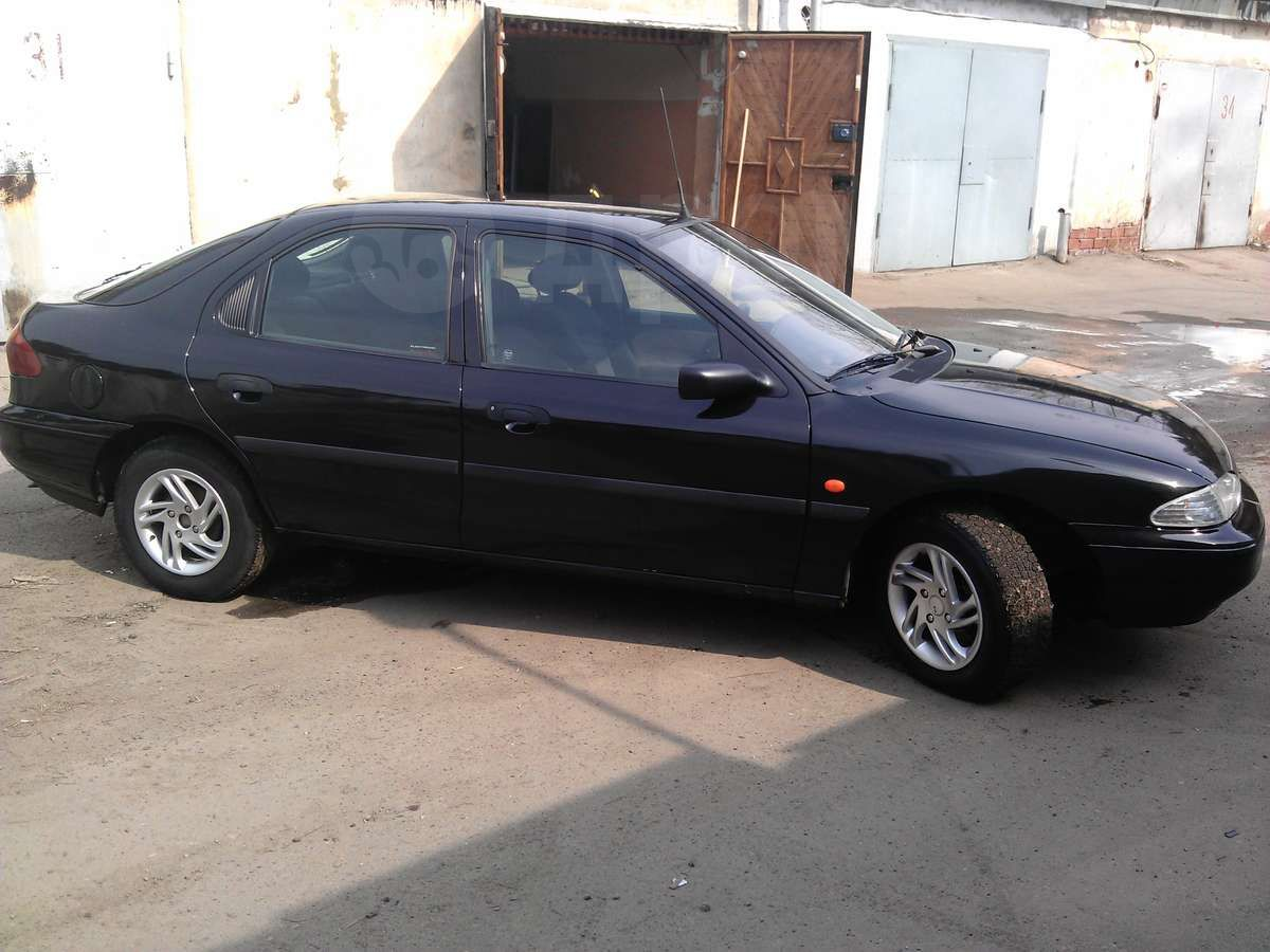 Ford Mondeo, 1995 ���, 217 000 ���.