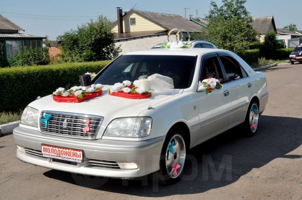 Toyota Crown, 2000 ���, 400 000 ���.