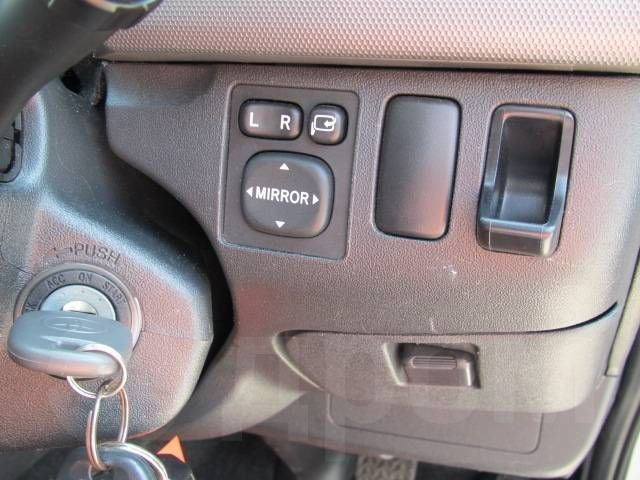 Toyota Hiace, 2011 год, 1 390 000 руб.