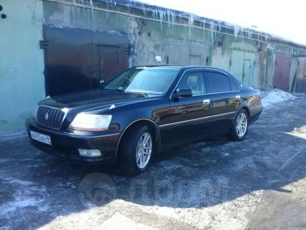 Toyota Crown Majesta 2001 - carsdb.com