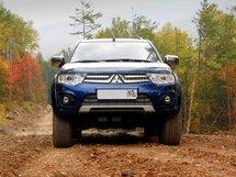 Mitsubishi Pajero Sport 2013 ����� ���������   ���� ����������: 15.11.2015