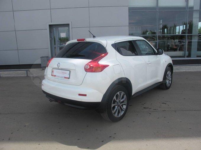 <b>Nissan</b> <b>Juke</b> 2013 года, 1.6 литра, CVT, комплектация ...