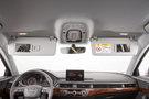 Подсветка: Подсветка багажного отделения, водительского места и места переднего пассажира, задней части салона, 2 лампы индивидуального освещения впереди