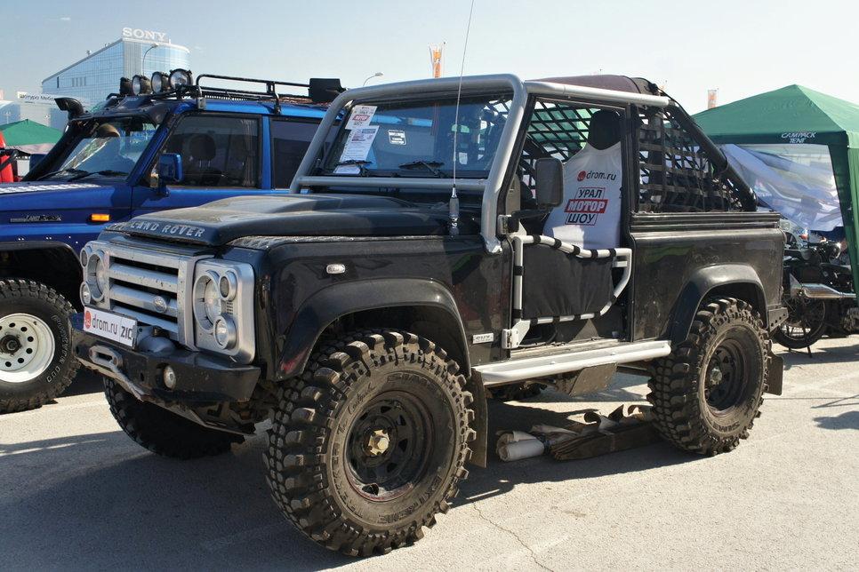 Land Rover Defender SVX Soft top «Черный» (Сергей Печкин, Тюмень)