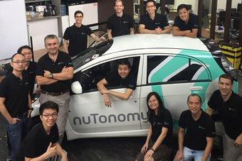25.08.2016 Первые в мире беспилотные такси появились в Сингапуре