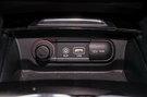 Дополнительное оборудование аудиосистемы: 6 динамиков, USB, AUX, SD-карта