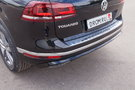 Бамперы: Передний и задний бамперы в дизайне R-Line. Отделка хромом среднего воздухозаборника, хромированные горизонтальные полосы радиаторной решетки