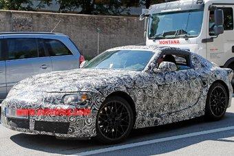 07.09.2016 В Европе сфотографировали спорткар Toyota в камуфляже. Вероятнее всего, это новая Supra