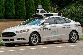 15.09.2016 Американцы запустили беспилотное такси, но оно работает только под присмотром