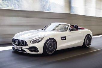 15.09.2016 Мерседес официально представил родстер AMG GT