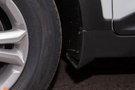 Дополнительно: Регулировка передних ремней безопасности по высоте, Эра-Глонасс, дневные ходовые огни, передние брызговики, пластиковые накладки на порогах дверей, контейнер для очков