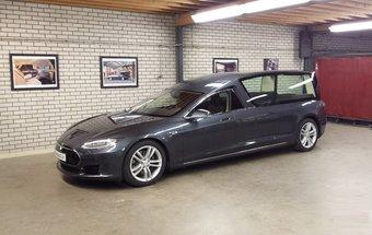 05.10.2016 На базе Tesla Model S сделали ритуальный автомобиль