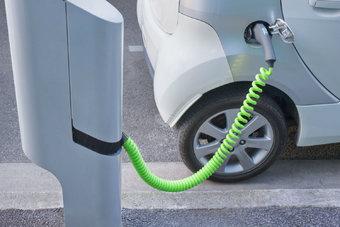 Согласно Парижскому соглашению по климату, уровень выбросов двуокиси углерода в Германии должен снизиться на 95%.