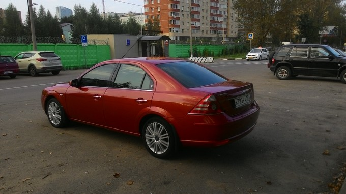 Ford Mondeo. ������ 10 ��� �����������)  ������� ����������� ����� � ��������� �����, ��� ������ �����