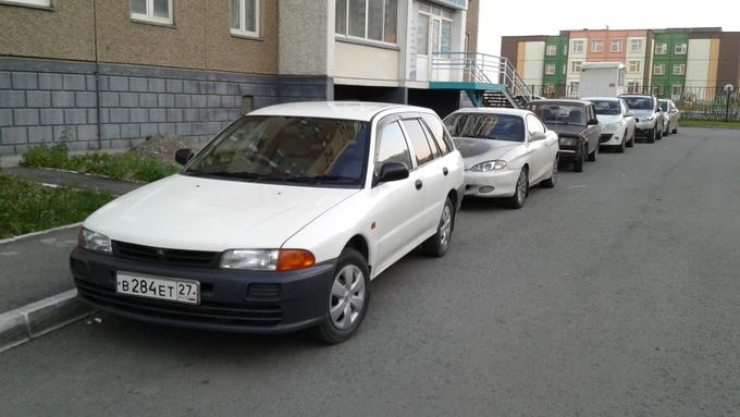 Mitsubishi Libero.