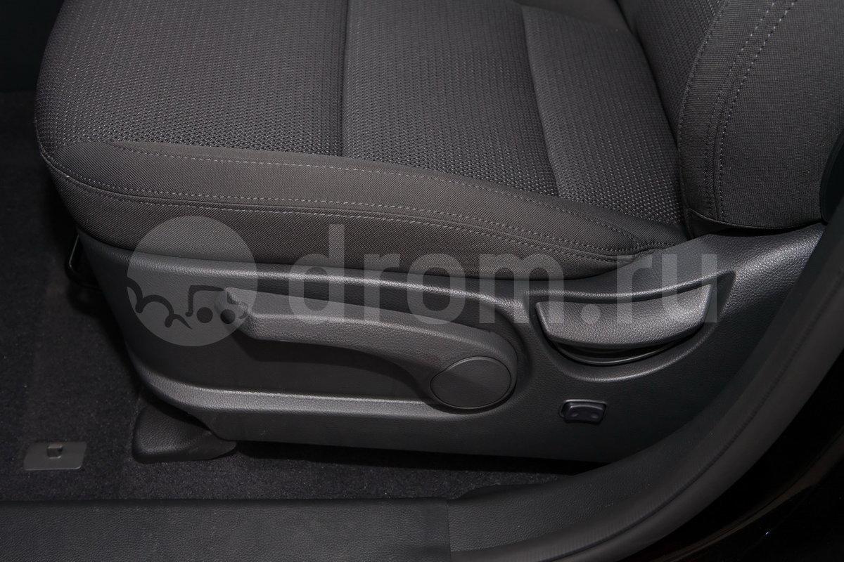 Электропривод водительского сиденья: нет