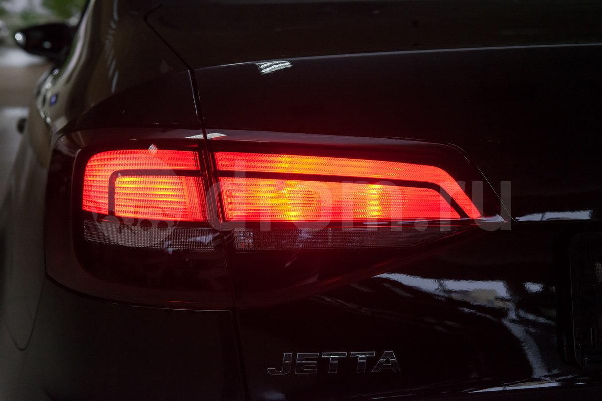 Cветодиодные задние фонари: нет