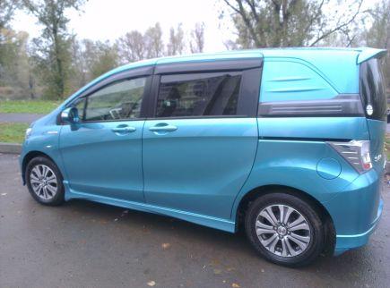 Продажа Honda Freed Spike в Сочи - sochidromru