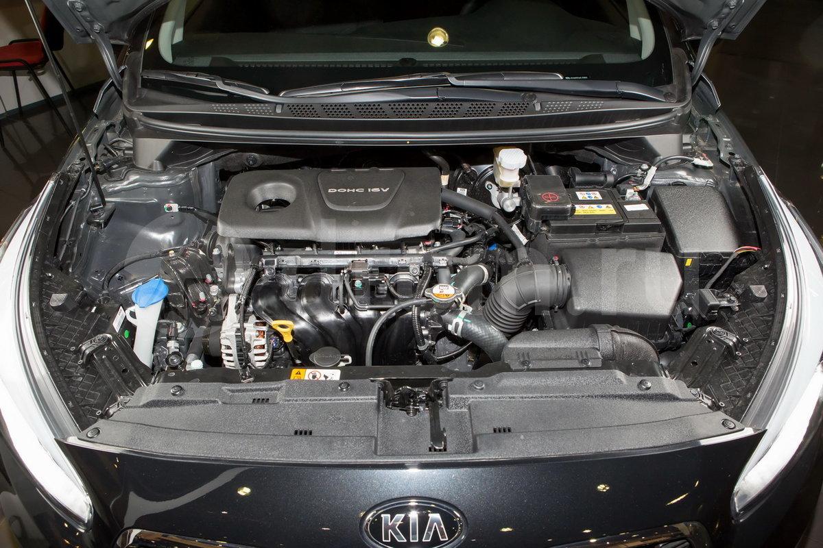 Тип двигателя: рядный 4-цилиндровый