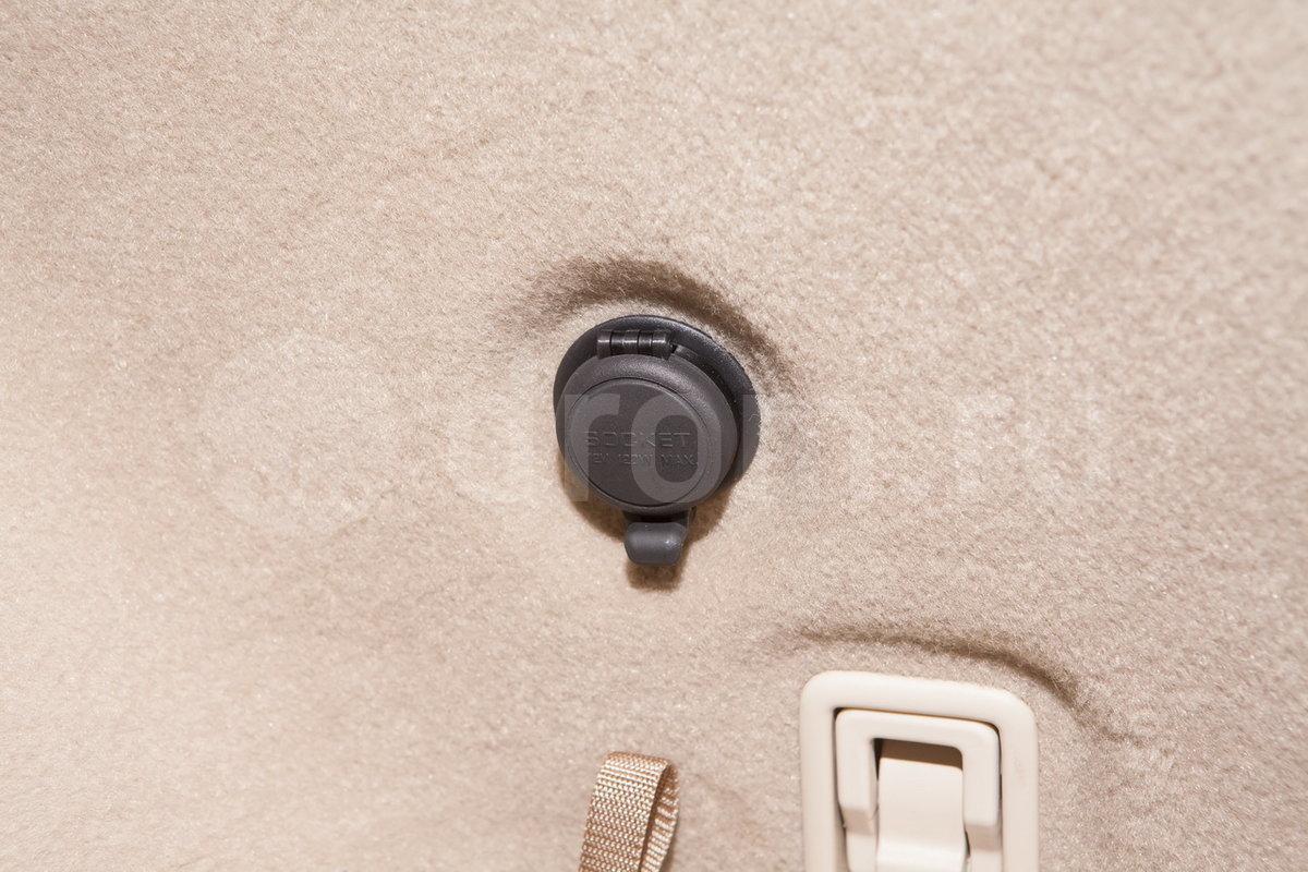 Разъем электропитания: да