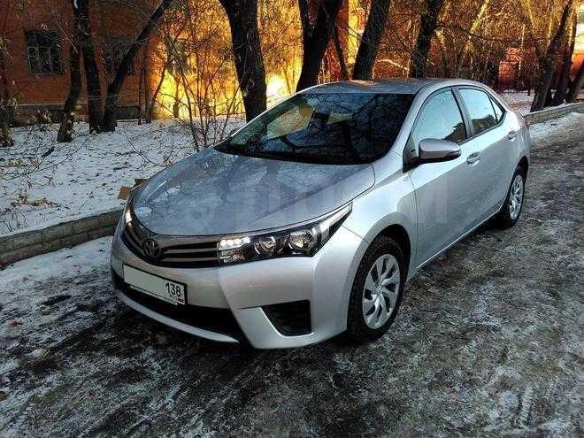 Toyota Королла 2013 года #10
