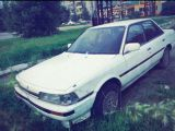 Уссурийск Тойота Камри 1988