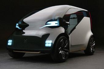 Электромобиль Honda NeuV оснащен мотором мощностью 74 л.с.