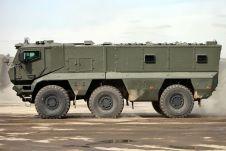 «Тайфун-К» — первый российский броневик типа MRAP, то есть с защитой кузова от подрыва на мине.