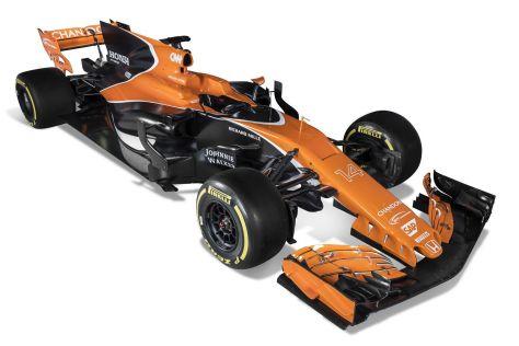 Команда McLaren к 2017 году изменила раскраску своих болидов.