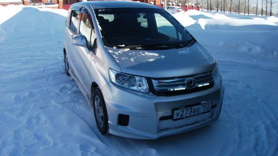 Продажа Honda Freed (Хонда Фрид) во Владивостоке