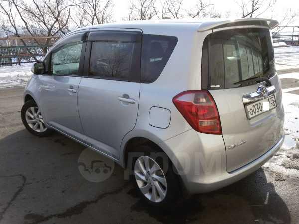 Toyota ractis, 2006 год, 320 000 руб