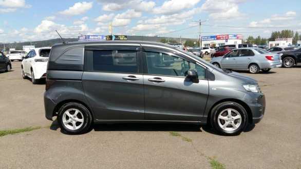 Honda Freed, 2012 -, в Красноярске на аналоге Авито