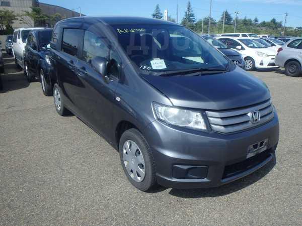 В Японии начинаются продажи Honda Freed в обвесе