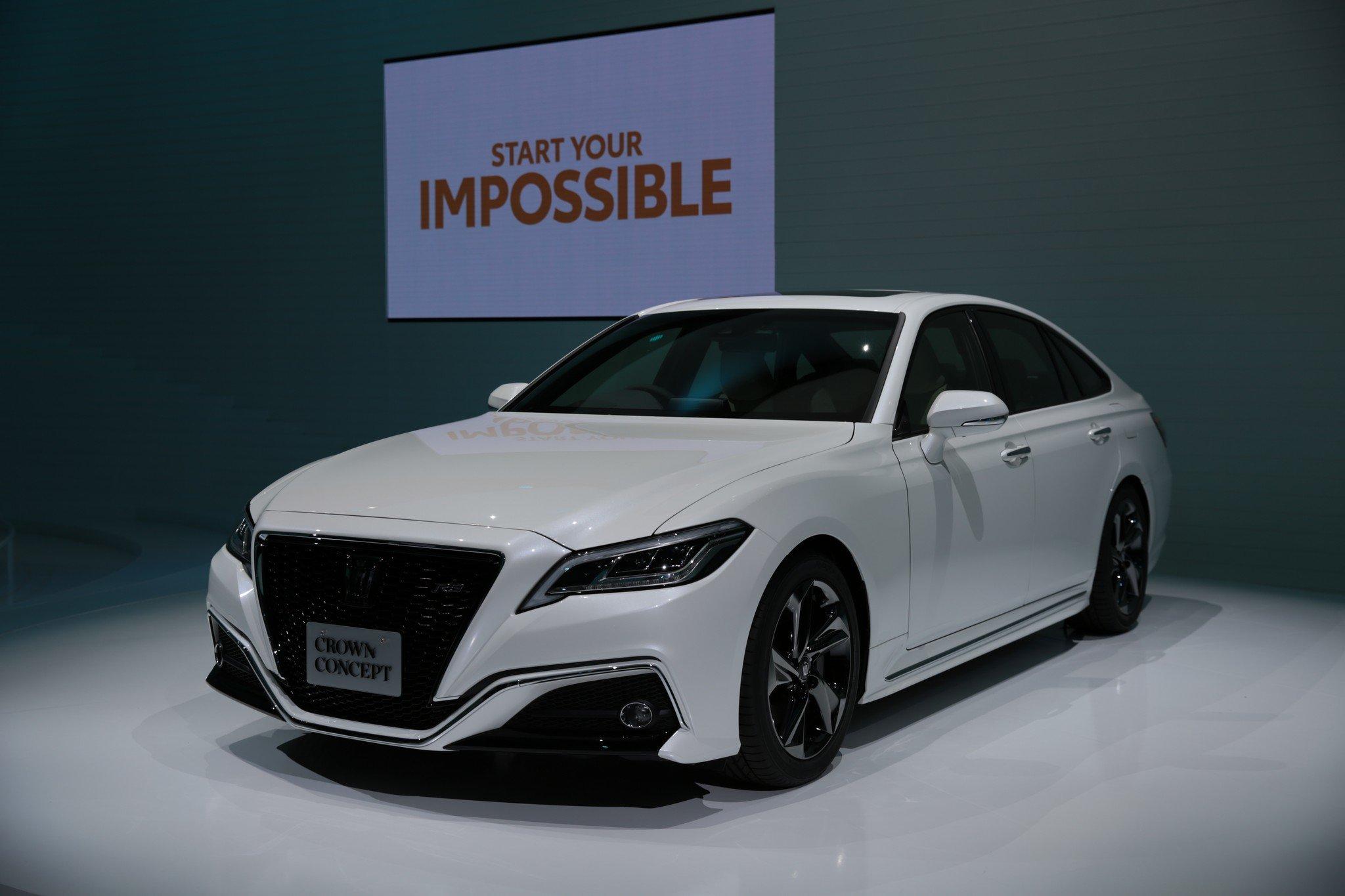 Состоялась премьера седана Toyota Crown нового поколения