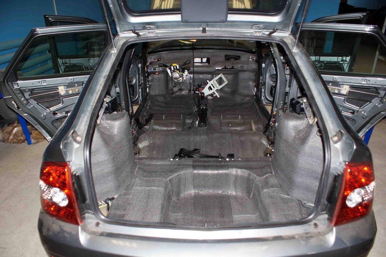 Как правильно сделать шумоизоляцию потолка в машине