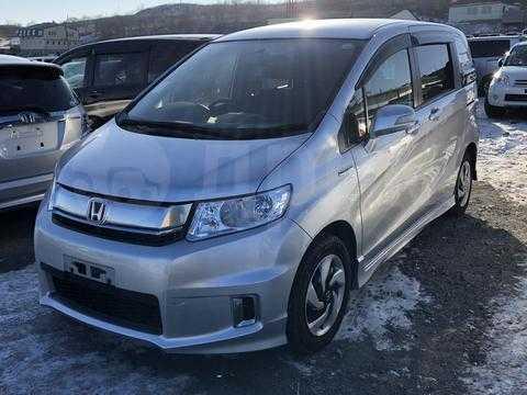 Дуэль-тест Honda CR-V и Suzuki Escudo Экзамен для