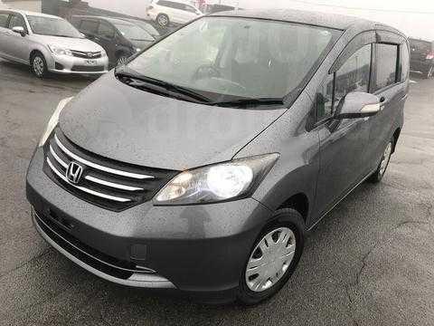 Honda выпустила новый минивэн для японцев