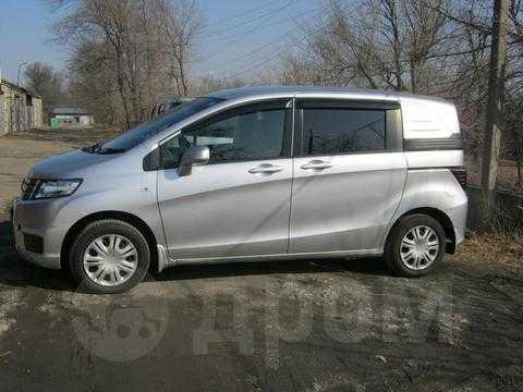 Продажа Хонда Фрид Спайк 2011 в Челябинске,