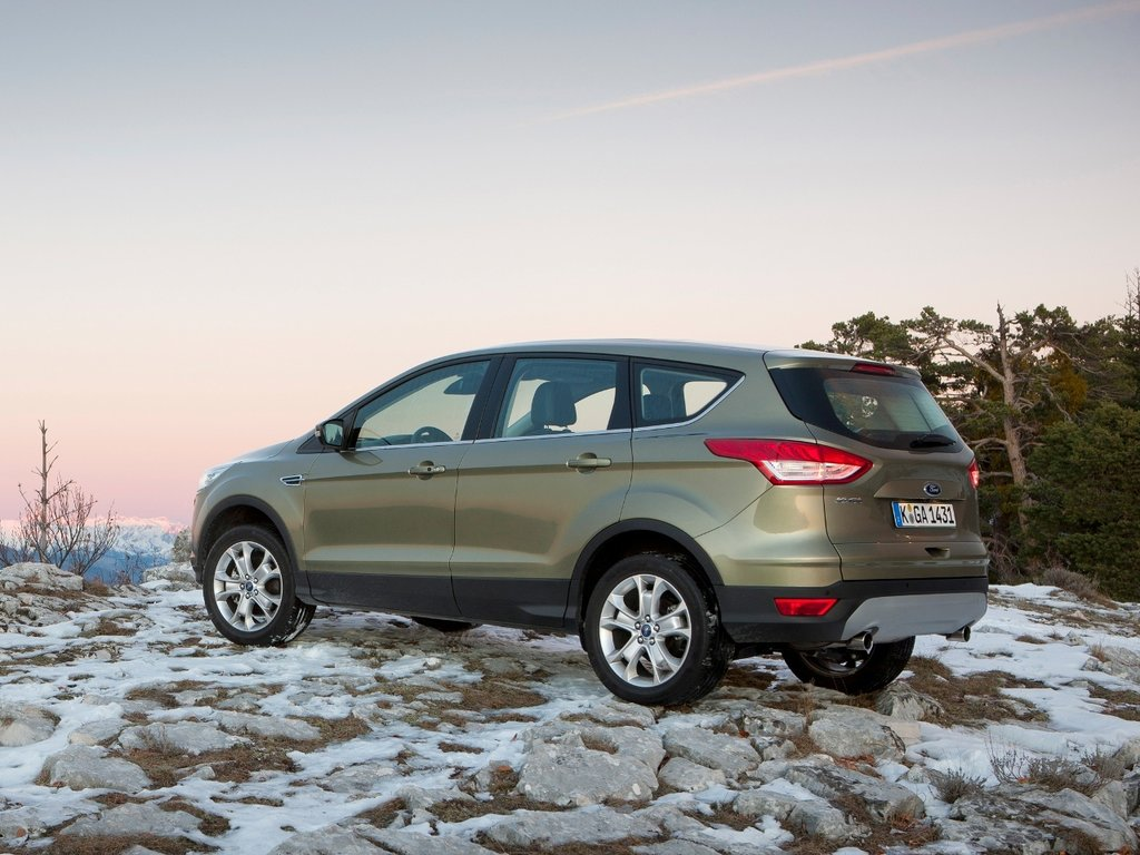ford kuga 2013 trend 2.5at 2wd отзывы